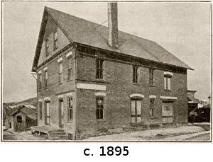 standard-bottling-works-1895-caption